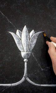 seminar-stein-imitation-marmor-relief
